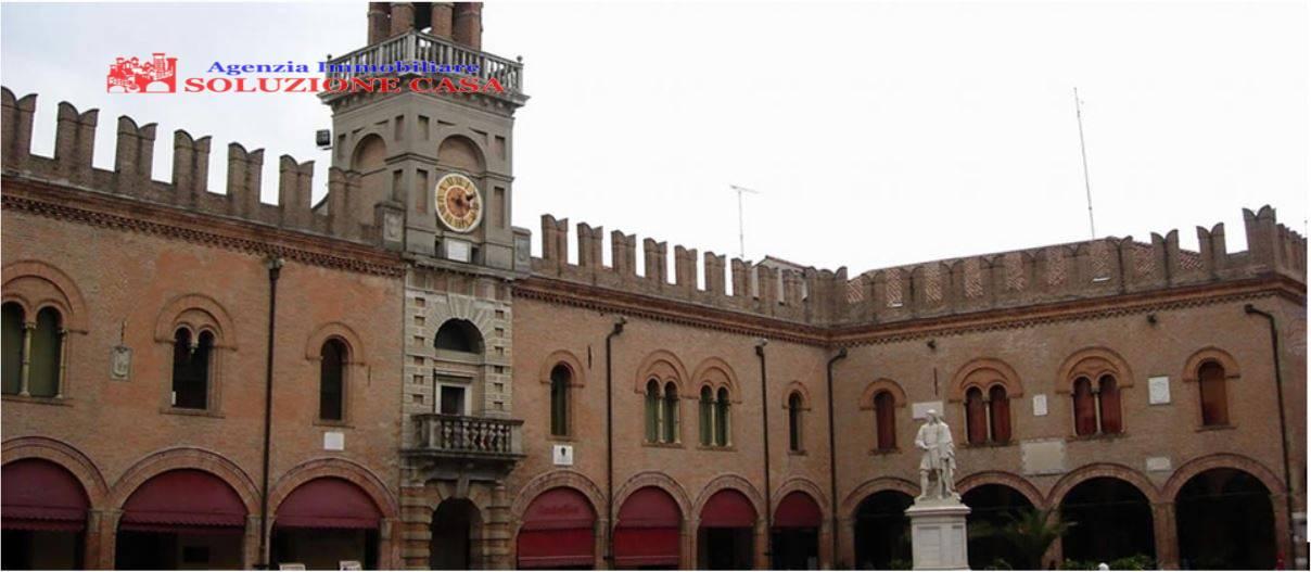 Negozio / Locale in affitto a Cento, 9999 locali, zona Località: CENTO, prezzo € 1.000 | CambioCasa.it
