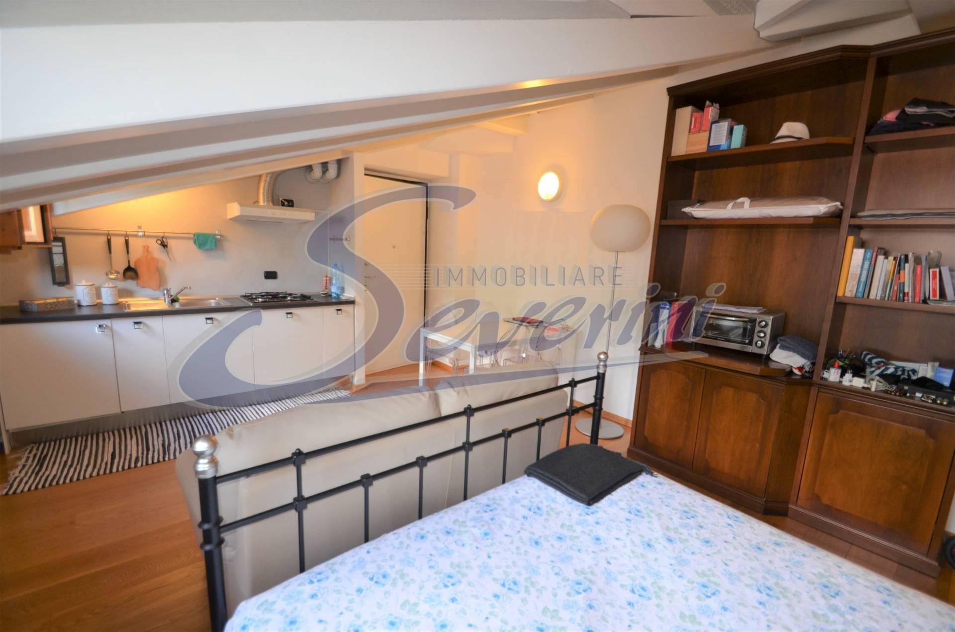 Appartamento in affitto a Como, 1 locali, zona Località: CentroStorico, prezzo € 700   PortaleAgenzieImmobiliari.it