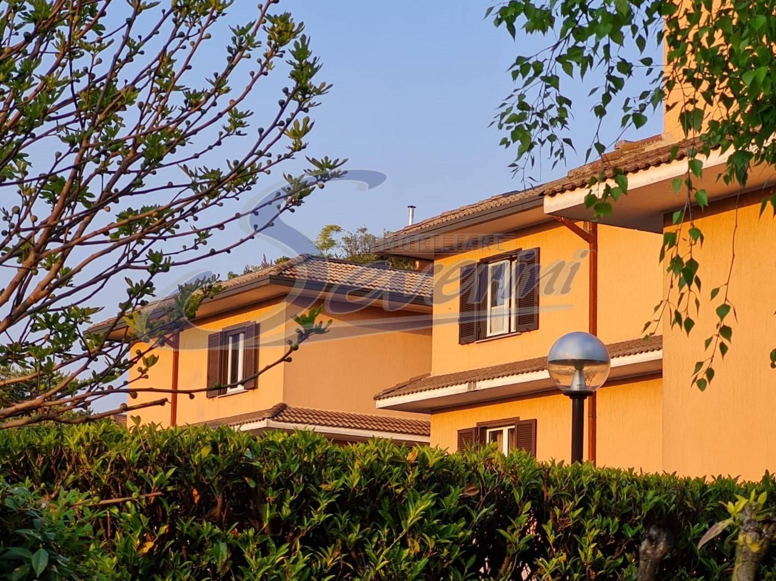 Appartamento in vendita a Lipomo, 3 locali, prezzo € 180.000 | PortaleAgenzieImmobiliari.it