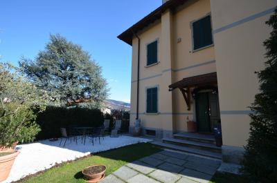 Villa for Sale in Como