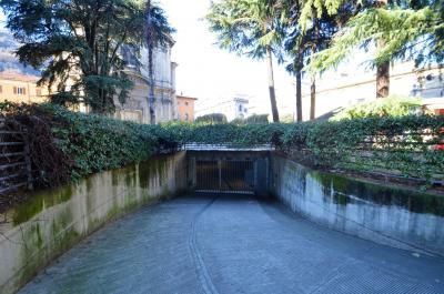 Box in Locazione a Como