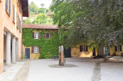 Apartment in period villa for Lease in Tavernerio