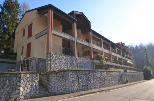 Two-room flat for Lease in Como