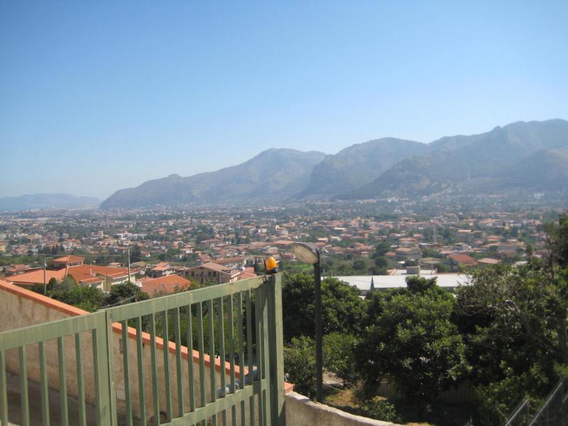 Appartamento in vendita a Monreale, 3 locali, prezzo € 115.000 | Cambio Casa.it