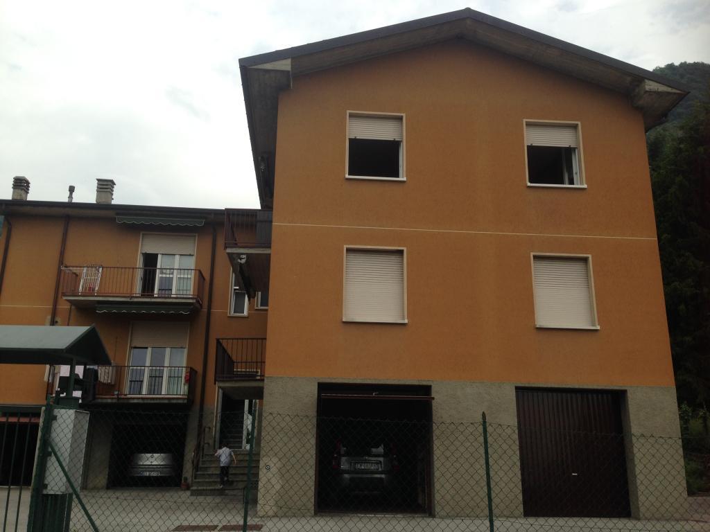 Appartamento in vendita a Caslino d'Erba, 3 locali, prezzo € 130.000 | Cambio Casa.it