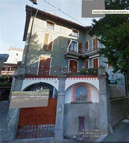 Appartamento in vendita a Canzo, 3 locali, prezzo € 100.000   CambioCasa.it