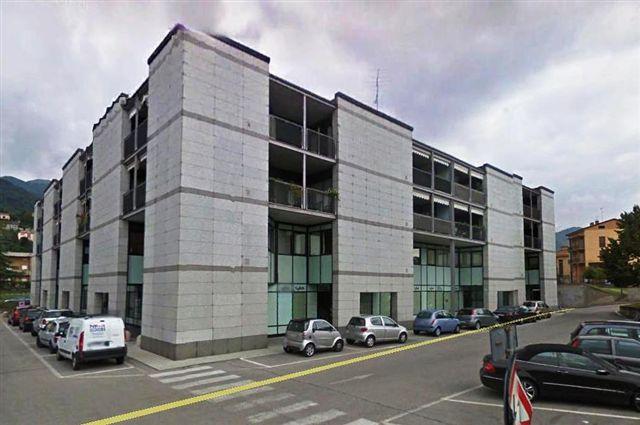 Ufficio / Studio in affitto a Erba, 9999 locali, prezzo € 800 | CambioCasa.it