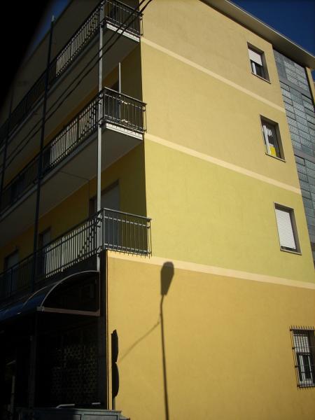 Appartamento in vendita a Canzo, 3 locali, prezzo € 85.000   CambioCasa.it