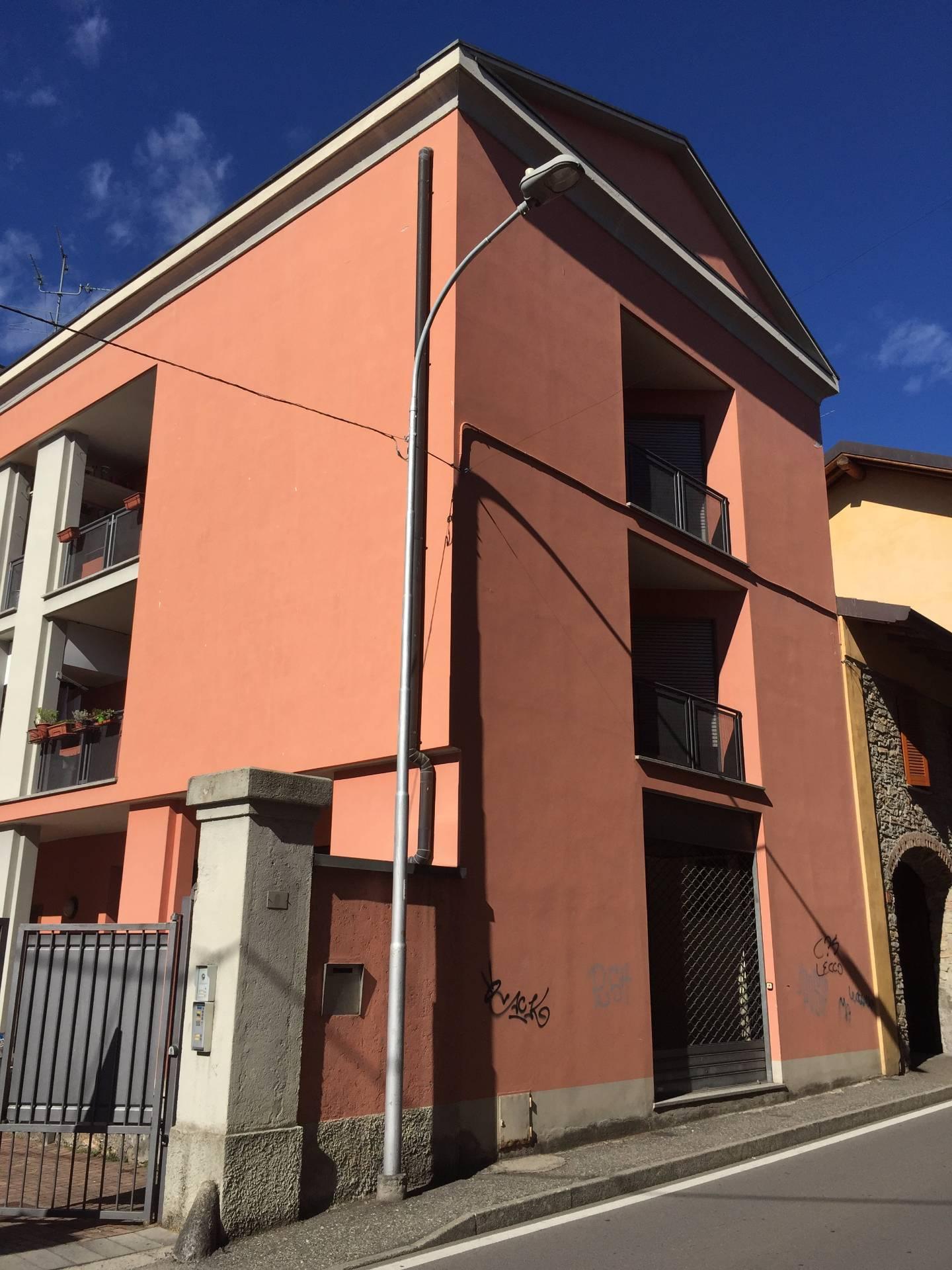 Negozio / Locale in affitto a Albavilla, 9999 locali, prezzo € 600 | CambioCasa.it
