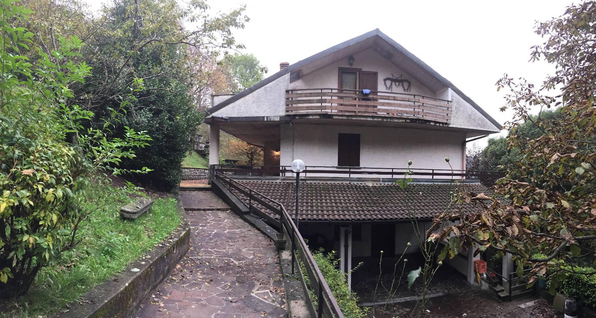 Appartamento in affitto a Sormano, 3 locali, prezzo € 400 | Cambio Casa.it