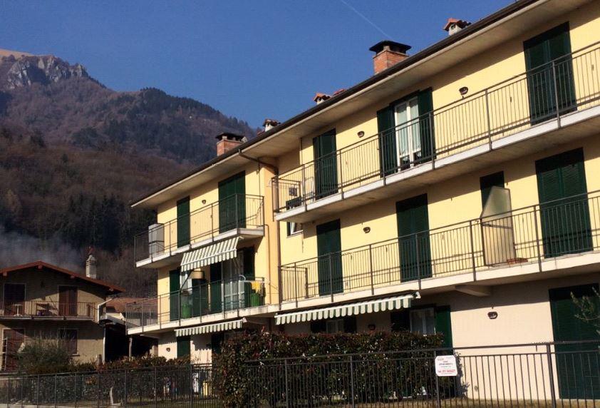 Appartamento in vendita a Barni, 3 locali, prezzo € 135.000 | Cambio Casa.it