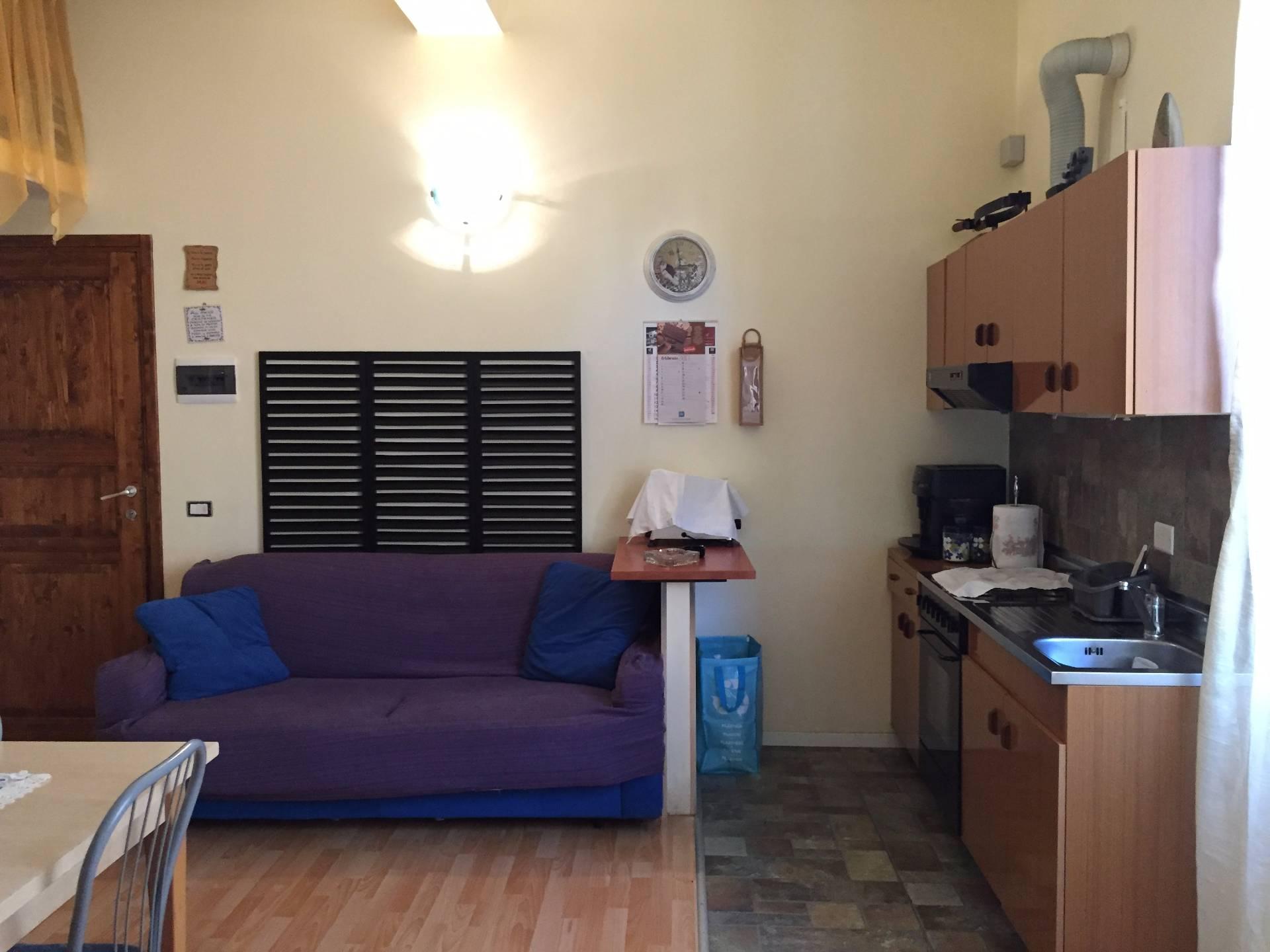 Appartamento in vendita a Caslino d'Erba, 3 locali, prezzo € 65.000 | Cambio Casa.it