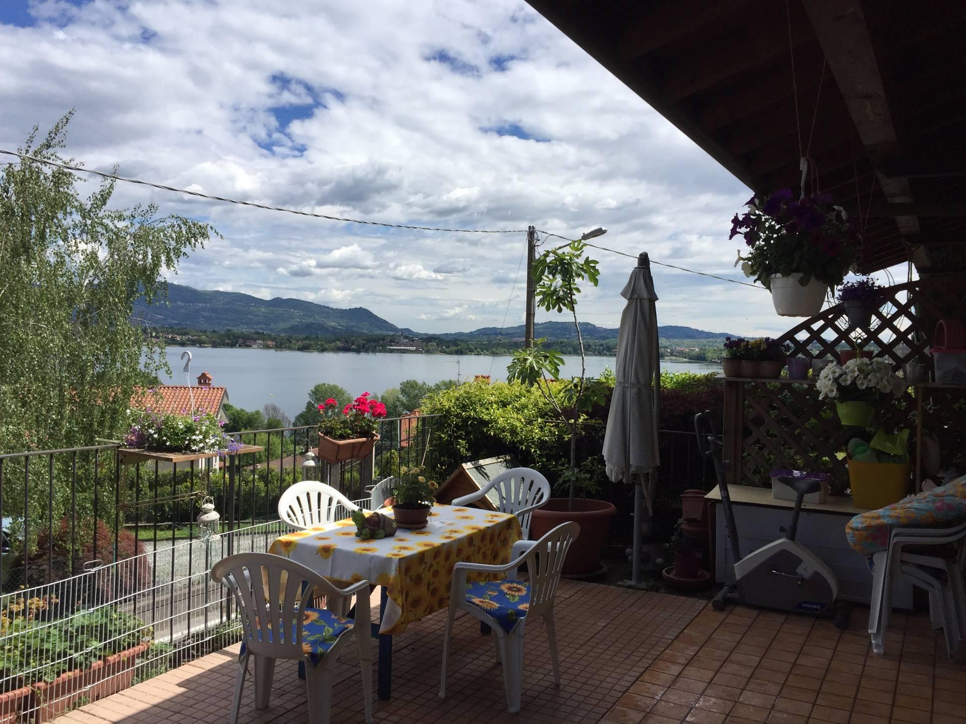 Appartamento in vendita a Eupilio, 2 locali, prezzo € 140.000 | Cambio Casa.it