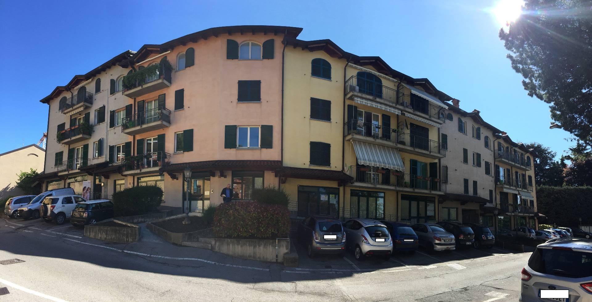 Ufficio / Studio in vendita a Ponte Lambro, 9999 locali, prezzo € 140.000 | Cambio Casa.it