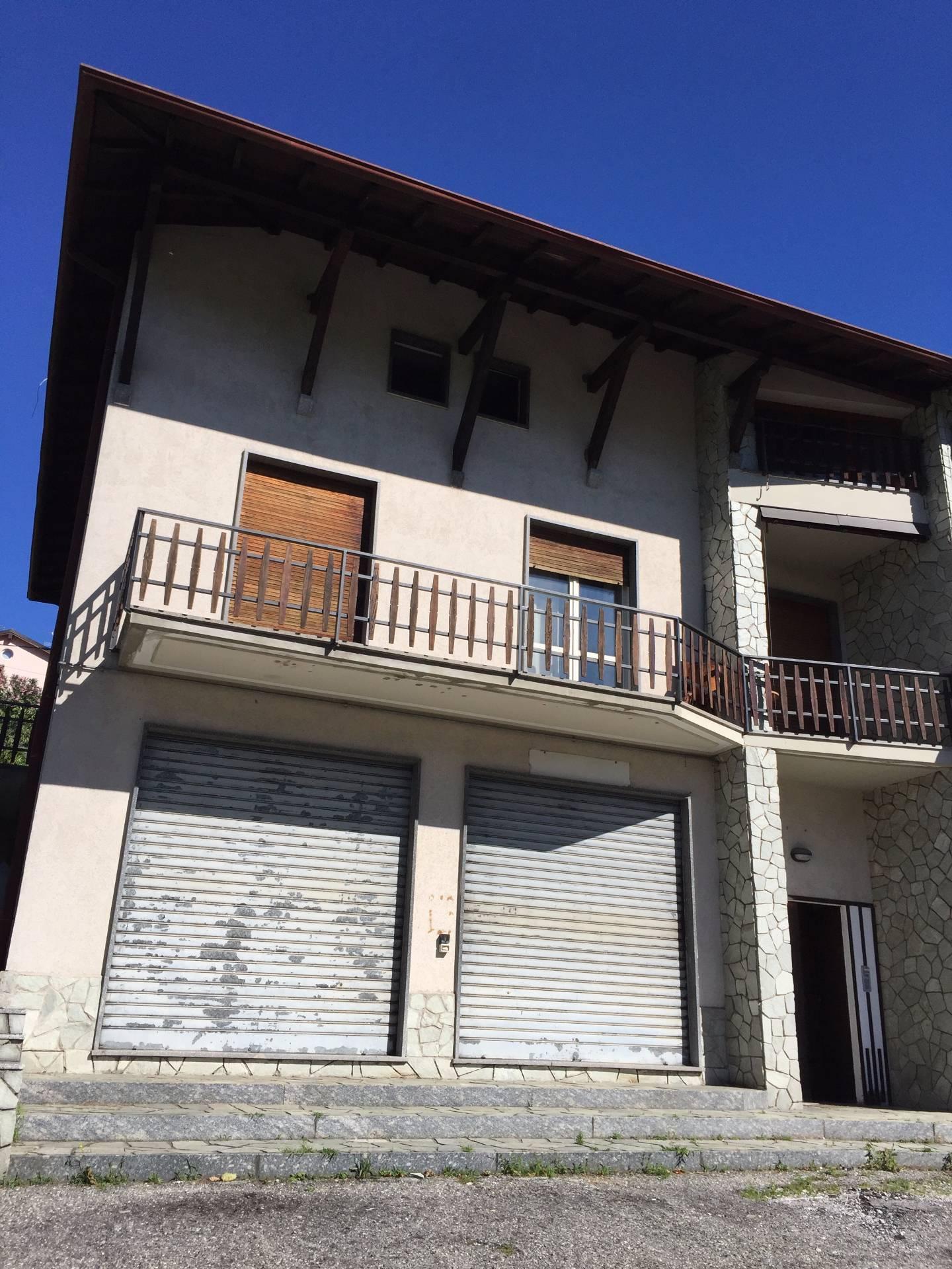 Negozio / Locale in vendita a Castelmarte, 9999 locali, prezzo € 65.000 | CambioCasa.it