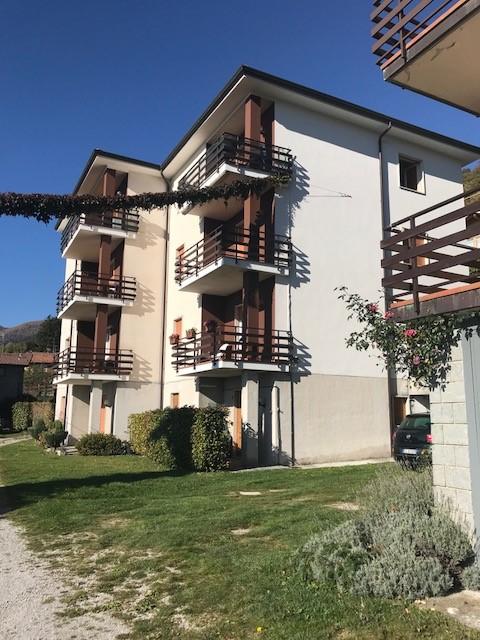 Appartamento in vendita a Sormano, 5 locali, prezzo € 70.000 | CambioCasa.it