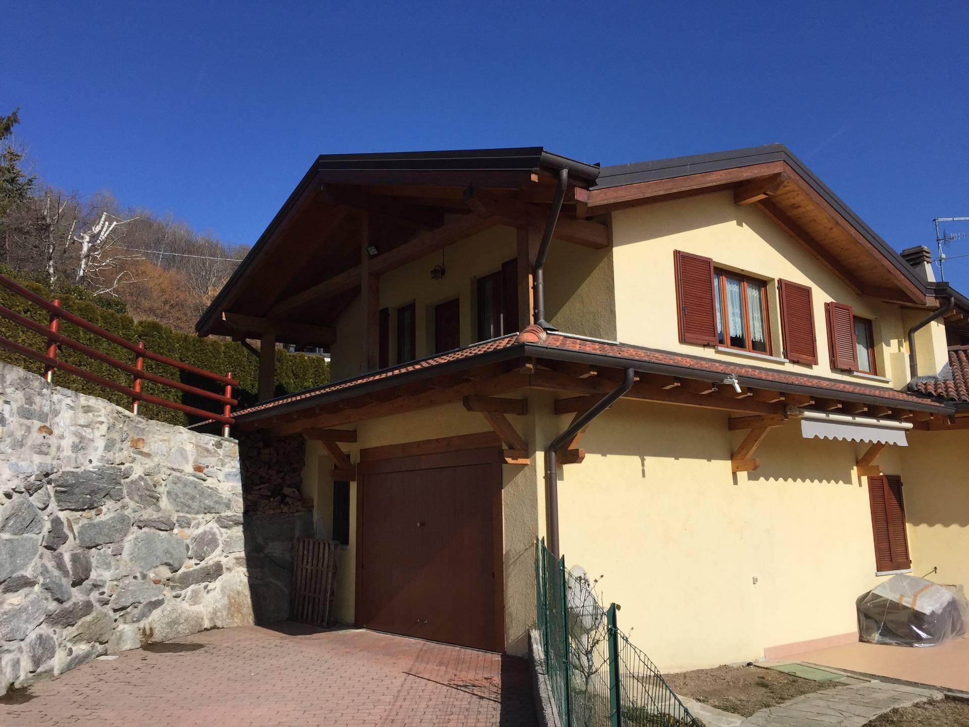 Villa a Schiera in Vendita a Sormano