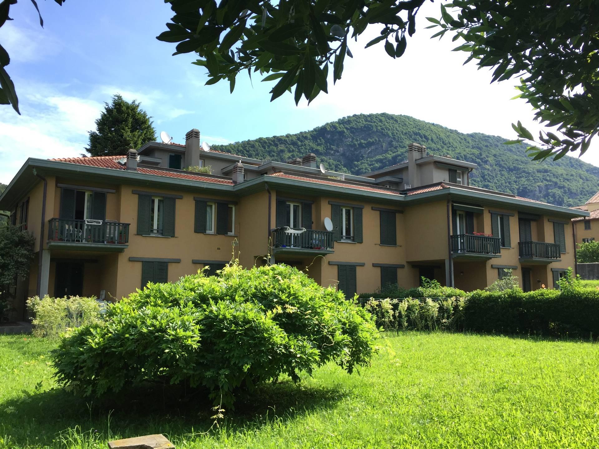 Appartamento in affitto a Canzo, 3 locali, prezzo € 650   CambioCasa.it