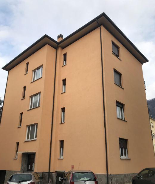 Appartamento in affitto a Canzo, 2 locali, prezzo € 420   CambioCasa.it