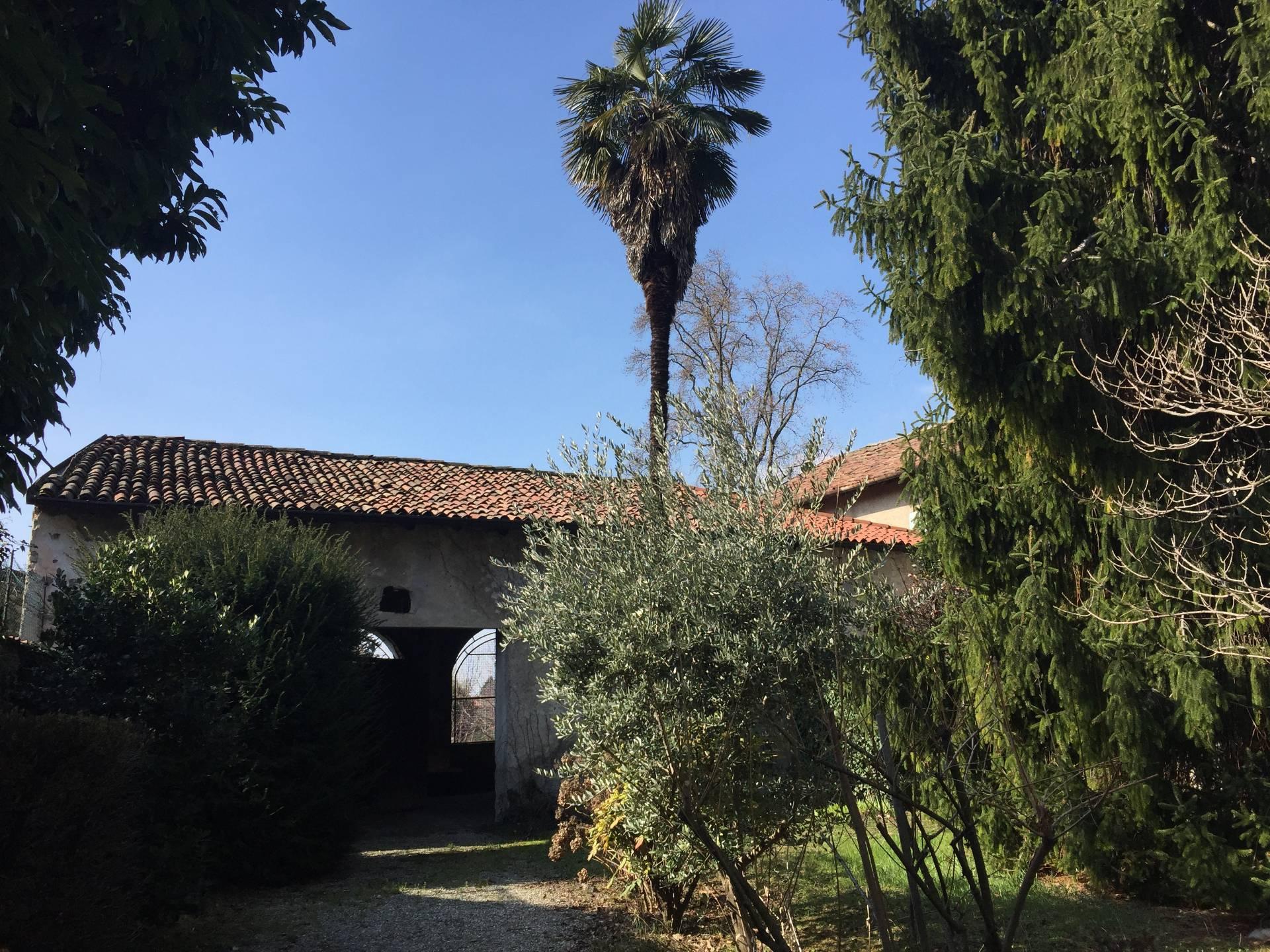Vendita 5 Locali Appartamento Longone al Segrino 137416
