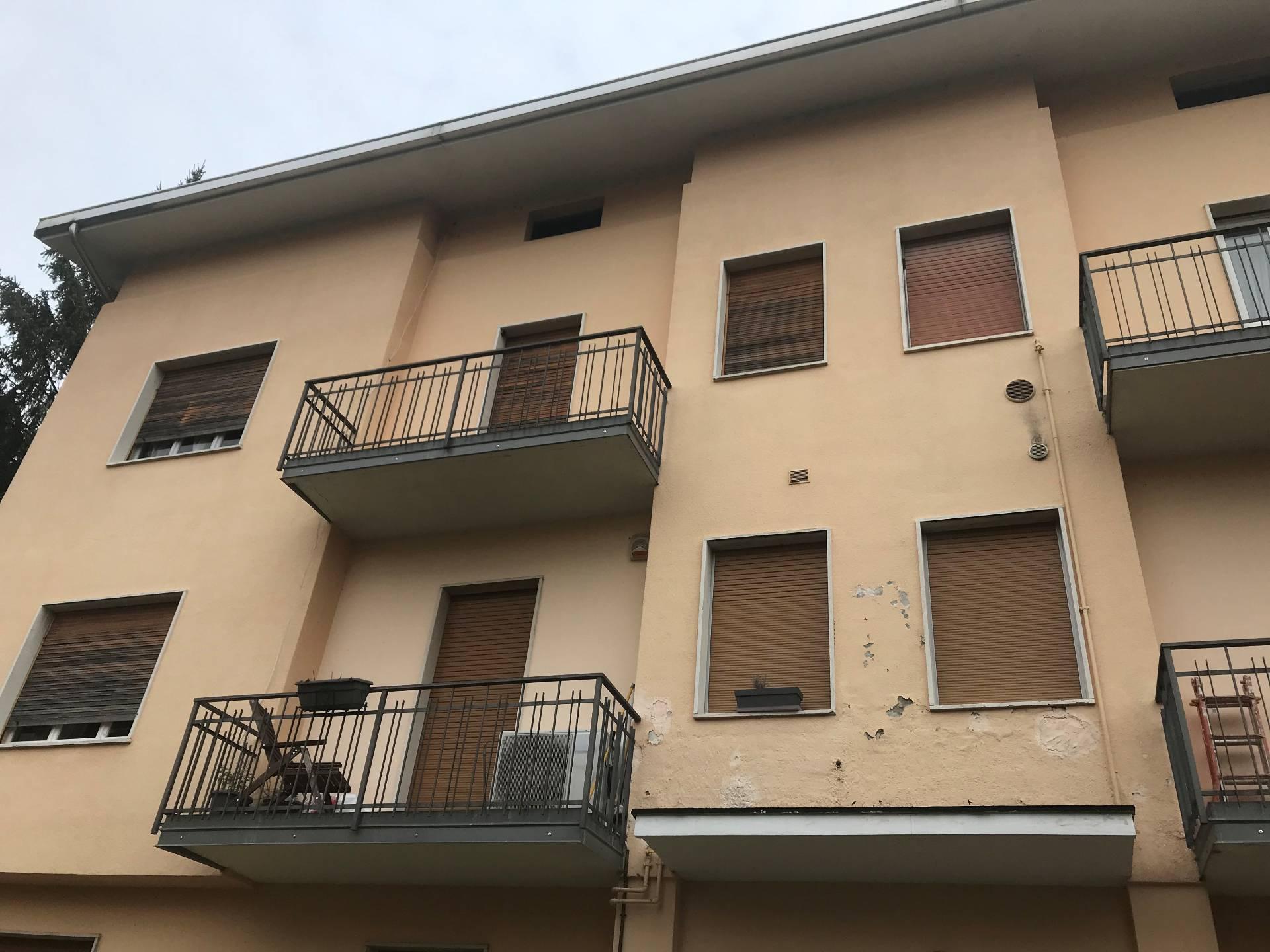 Appartamento in vendita a Eupilio, 2 locali, prezzo € 75.000 | CambioCasa.it