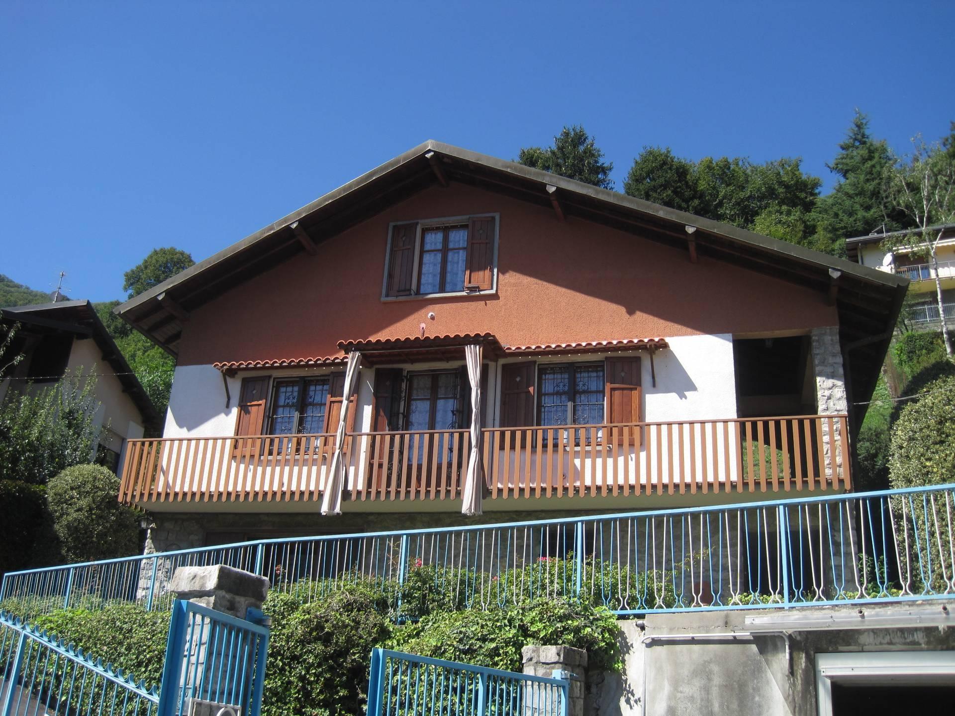 Vendita Villa unifamiliare Casa/Villa Asso 237338