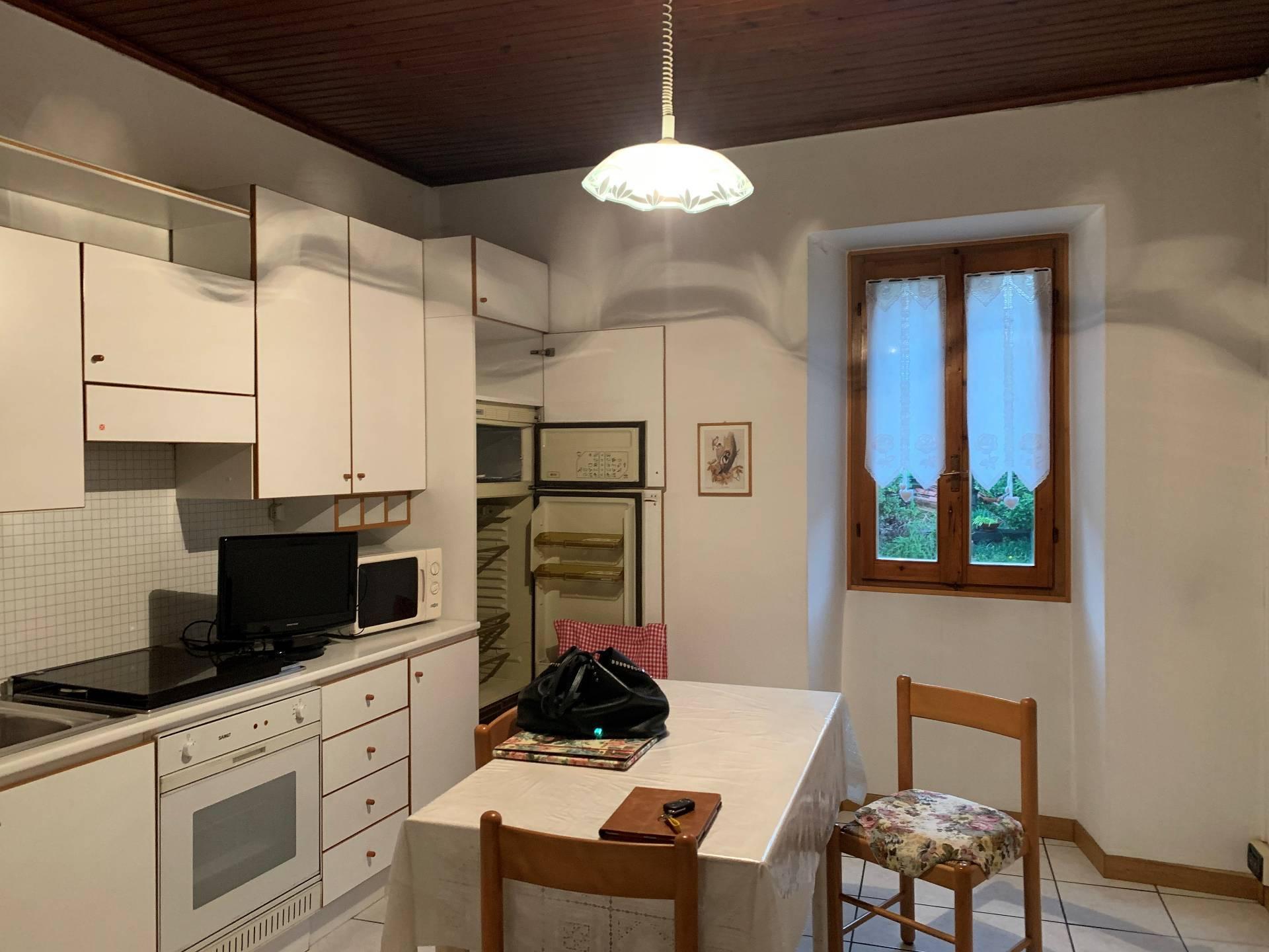 Vendita Porzione di casa Casa/Villa Longone al Segrino 265735