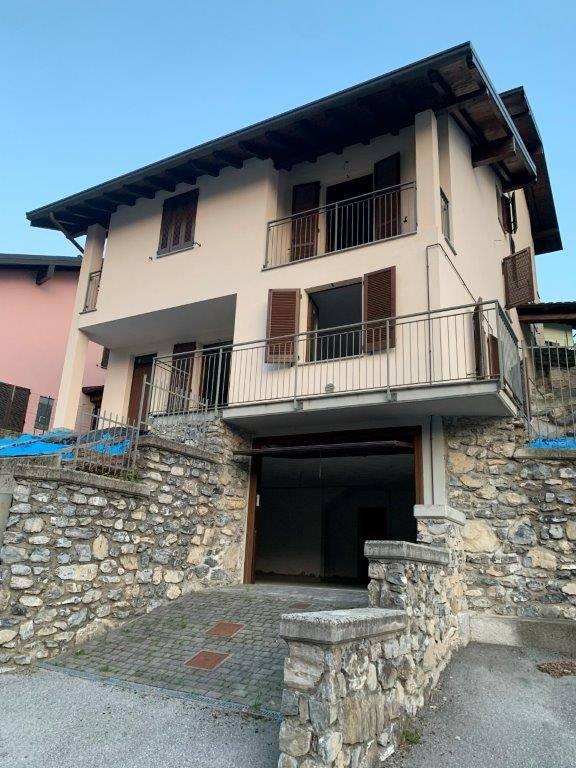 Vendita Villa unifamiliare Casa/Villa Asso 259213
