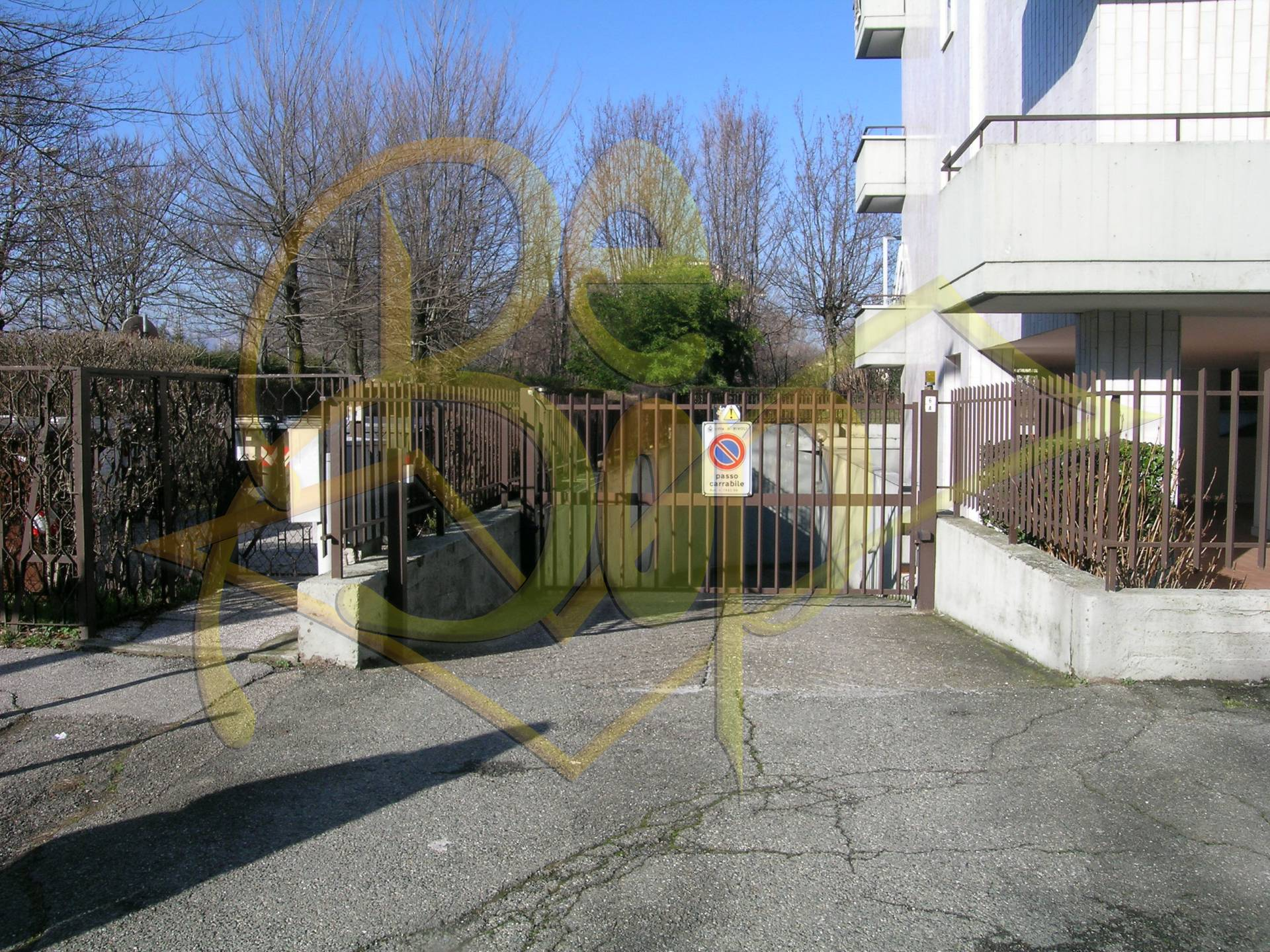 Box / Garage in vendita a Rivoli, 1 locali, prezzo € 17.000   Cambio Casa.it