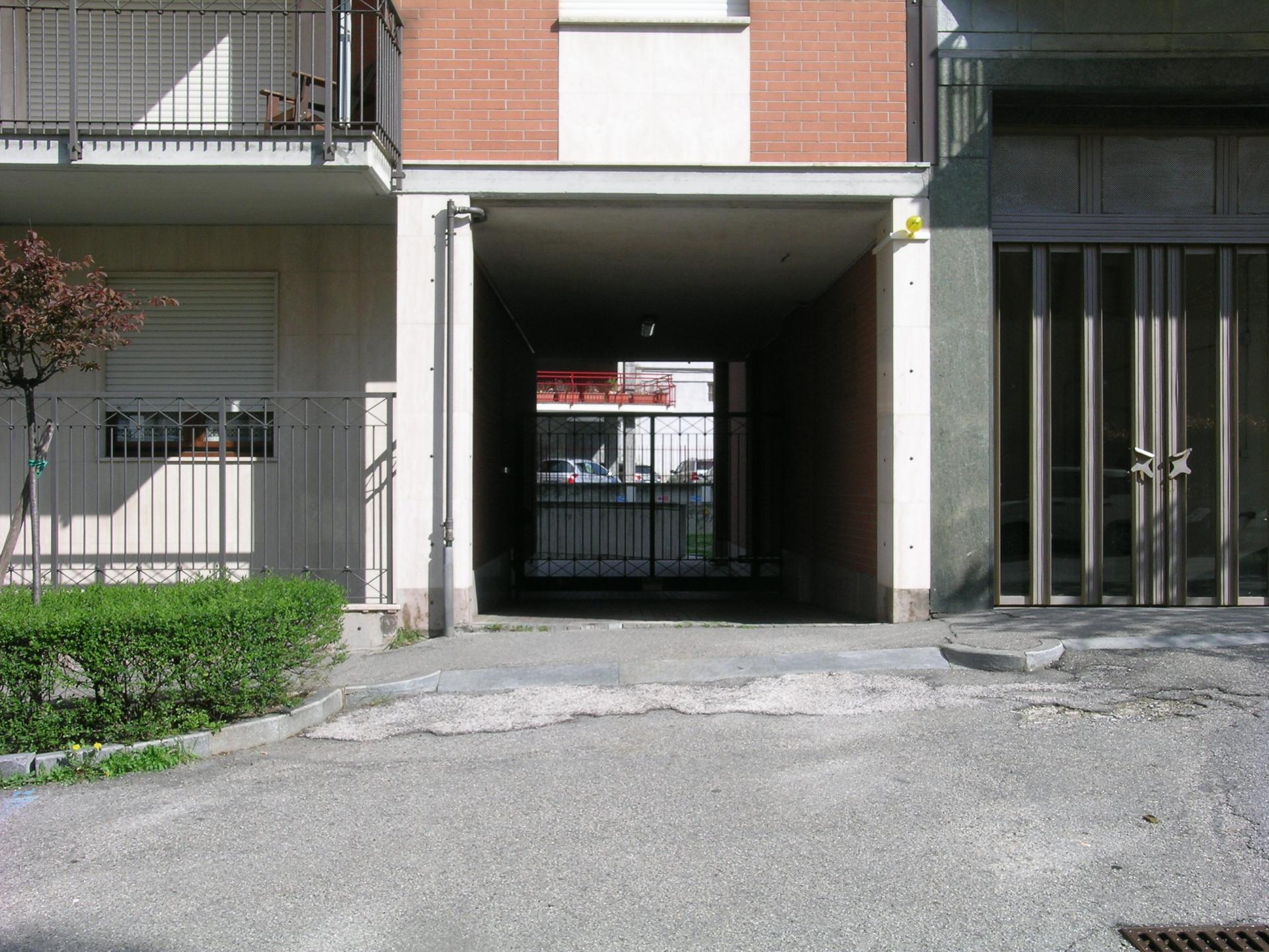 Box / Garage in vendita a Rivoli, 1 locali, zona Località: Centro, prezzo € 35.000   Cambio Casa.it