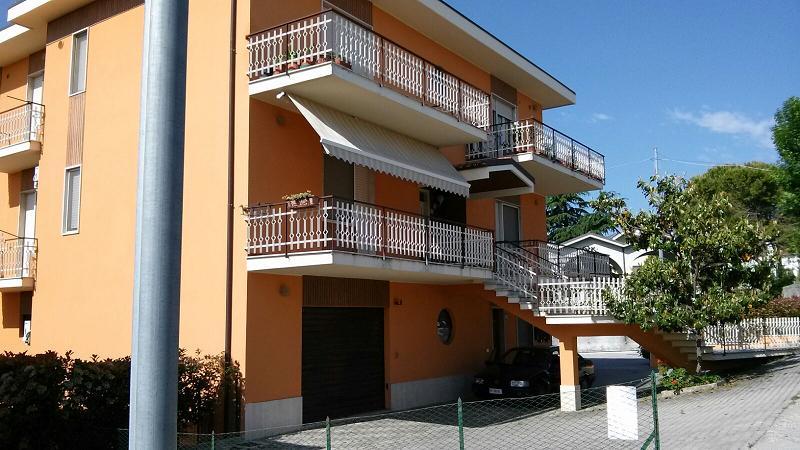 Appartamento in vendita a Cepagatti, 3 locali, prezzo € 75.000   Cambio Casa.it
