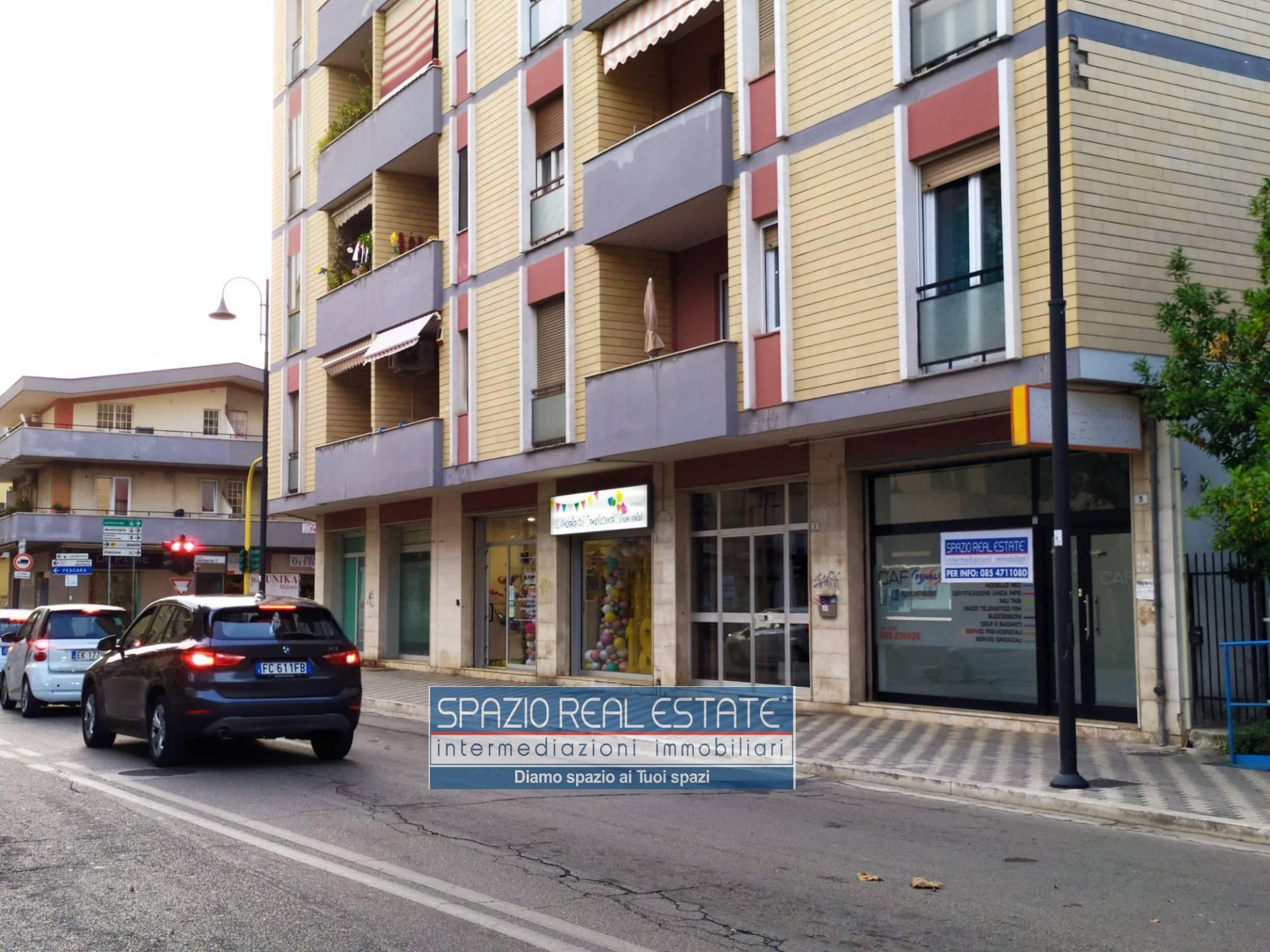 Negozio / Locale in affitto a Montesilvano, 9999 locali, zona Località: Centro, prezzo € 450   CambioCasa.it