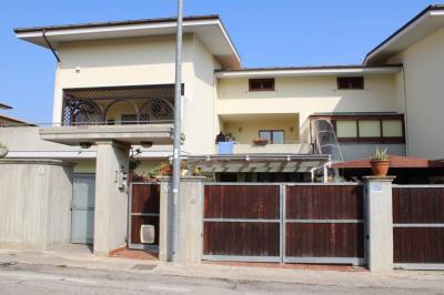 villa a schiera in Vendita a Città Sant'Angelo