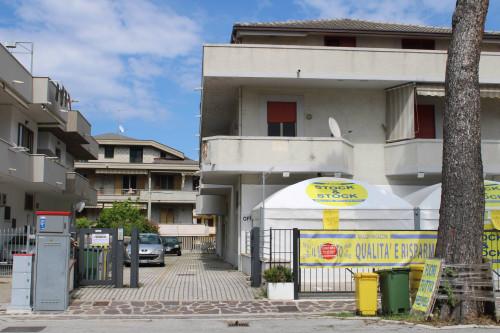 Appartamento con posto auto in Vendita a Silvi