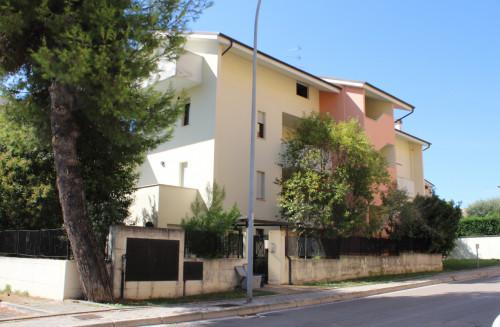 Appartamento con garage in Vendita a Pescara