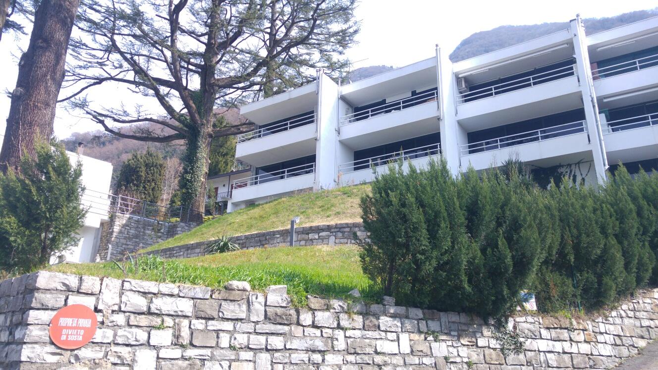 Bilocale affitto como torno for Planimetrie vista lago