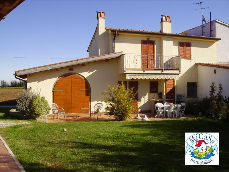 Rustico / Casale in vendita a Fauglia, 2 locali, prezzo € 295.000 | CambioCasa.it