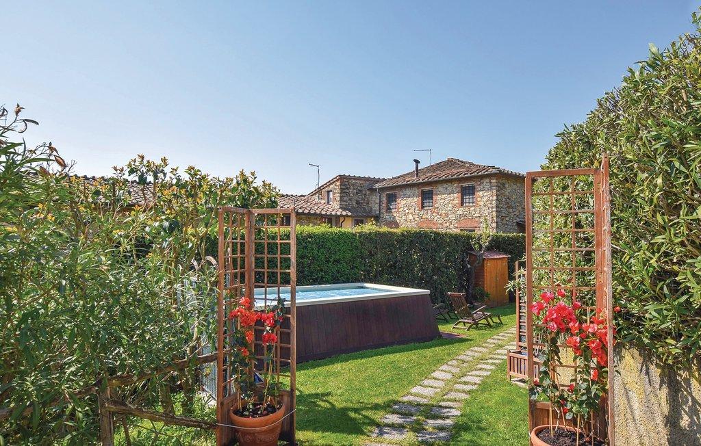 Soluzione Indipendente in vendita a Massarosa, 5 locali, Trattative riservate | Cambio Casa.it