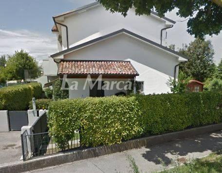 Appartamento in vendita a Maserada sul Piave, 3 locali, zona Zona: Varago, prezzo € 135.000 | CambioCasa.it