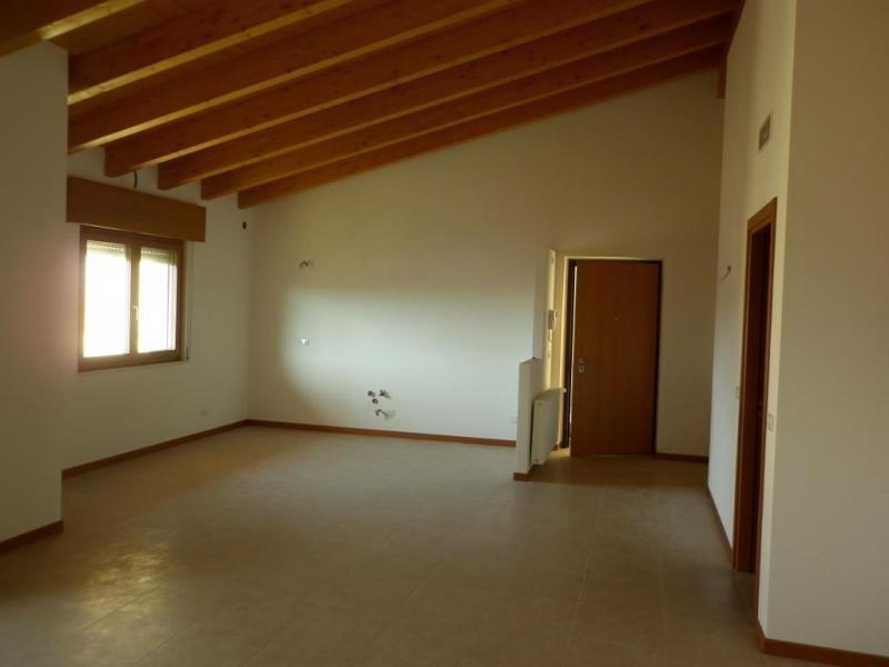 Appartamento in Vendita a Tarcento