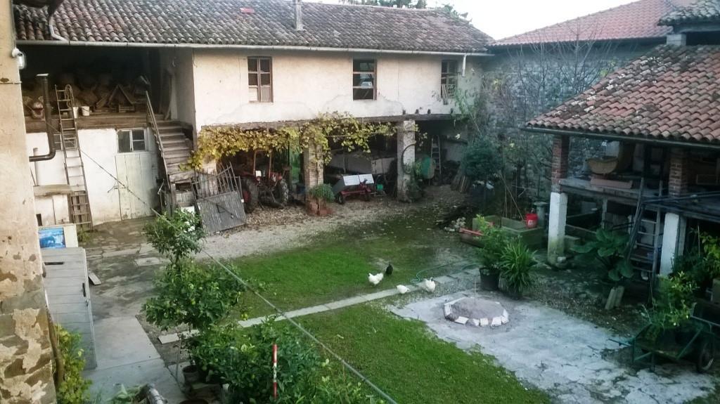 Rustico / Casale in vendita a Reana del Rojale, 10 locali, zona Zona: Rizzolo, prezzo € 160.000 | Cambio Casa.it