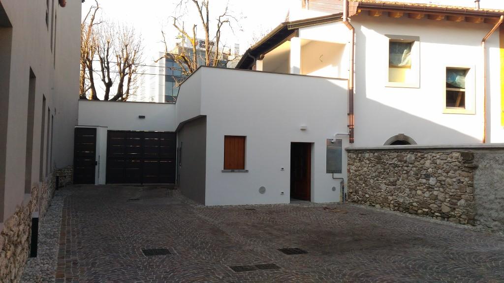 Soluzione Indipendente in vendita a Udine, 8 locali, prezzo € 870.000 | Cambio Casa.it