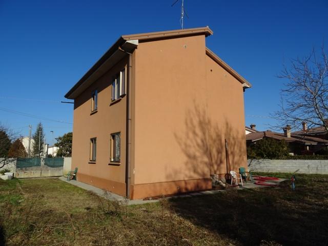 Soluzione Indipendente in vendita a San Giorgio di Nogaro, 6 locali, prezzo € 105.000 | Cambio Casa.it