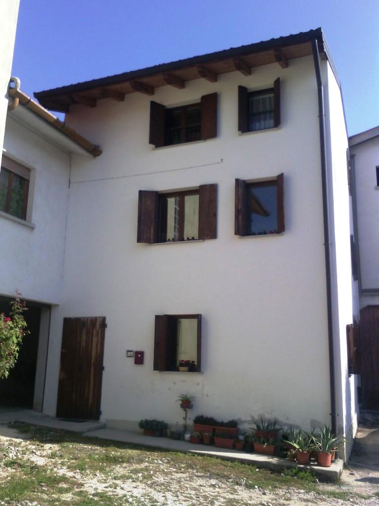 Soluzione Semindipendente in affitto a Fagagna, 5 locali, prezzo € 480 | Cambio Casa.it