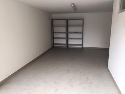 Garage in Vendita a Udine