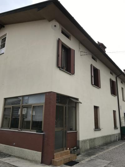 Casa di testa in Vendita a Udine