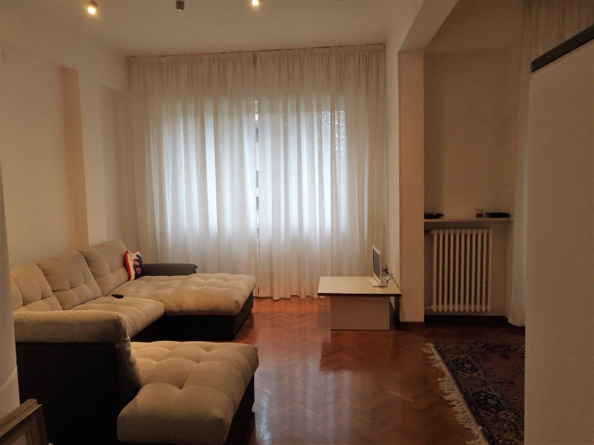 Appartamento in affitto a Ancona, 4 locali, zona Località: Q.Adriatico, prezzo € 709 | Cambio Casa.it