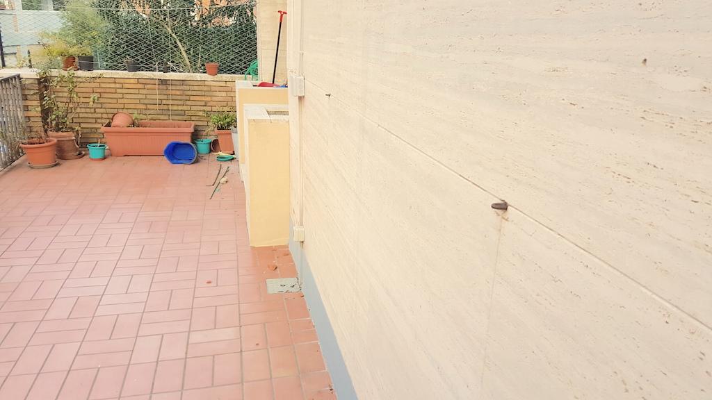 Appartamento in vendita a Ancona, 4 locali, zona Zona: Centro, prezzo € 150.000 | Cambio Casa.it