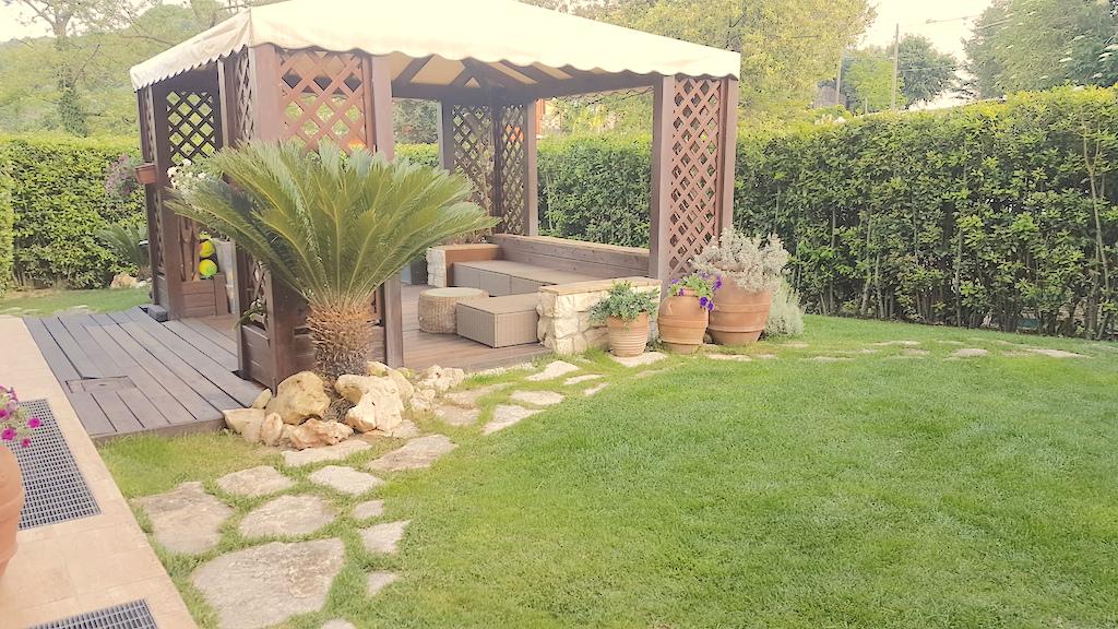 Villa in vendita a Ancona, 6 locali, Trattative riservate | Cambio Casa.it