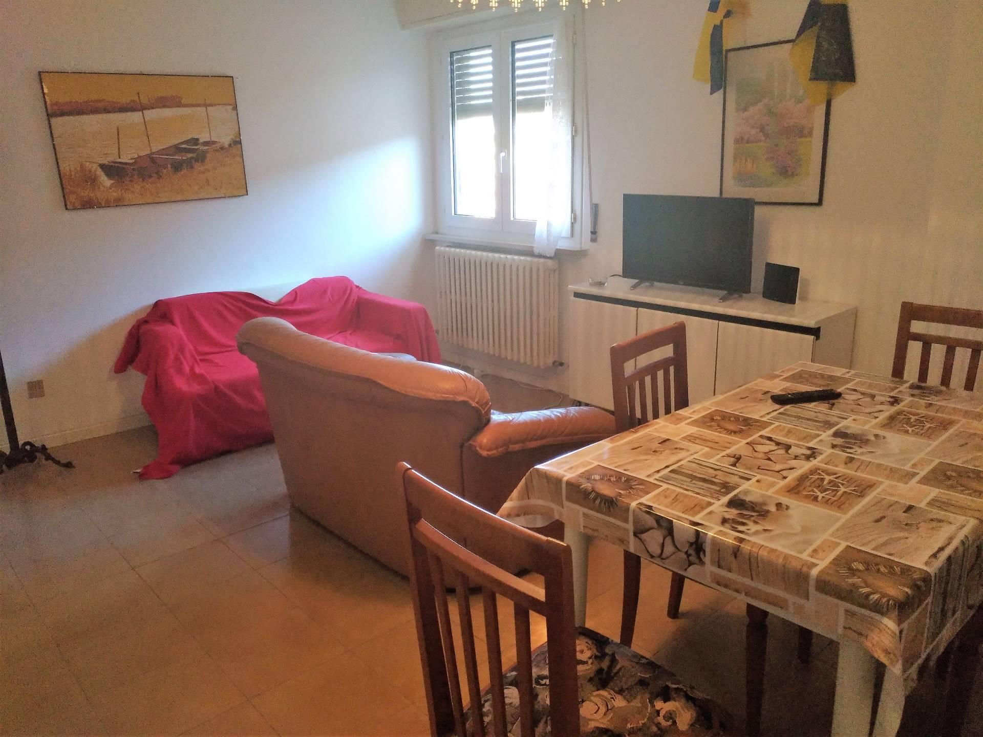 Appartamento in affitto a Ancona, 4 locali, zona Località: Centrostorico, prezzo € 700 | Cambio Casa.it